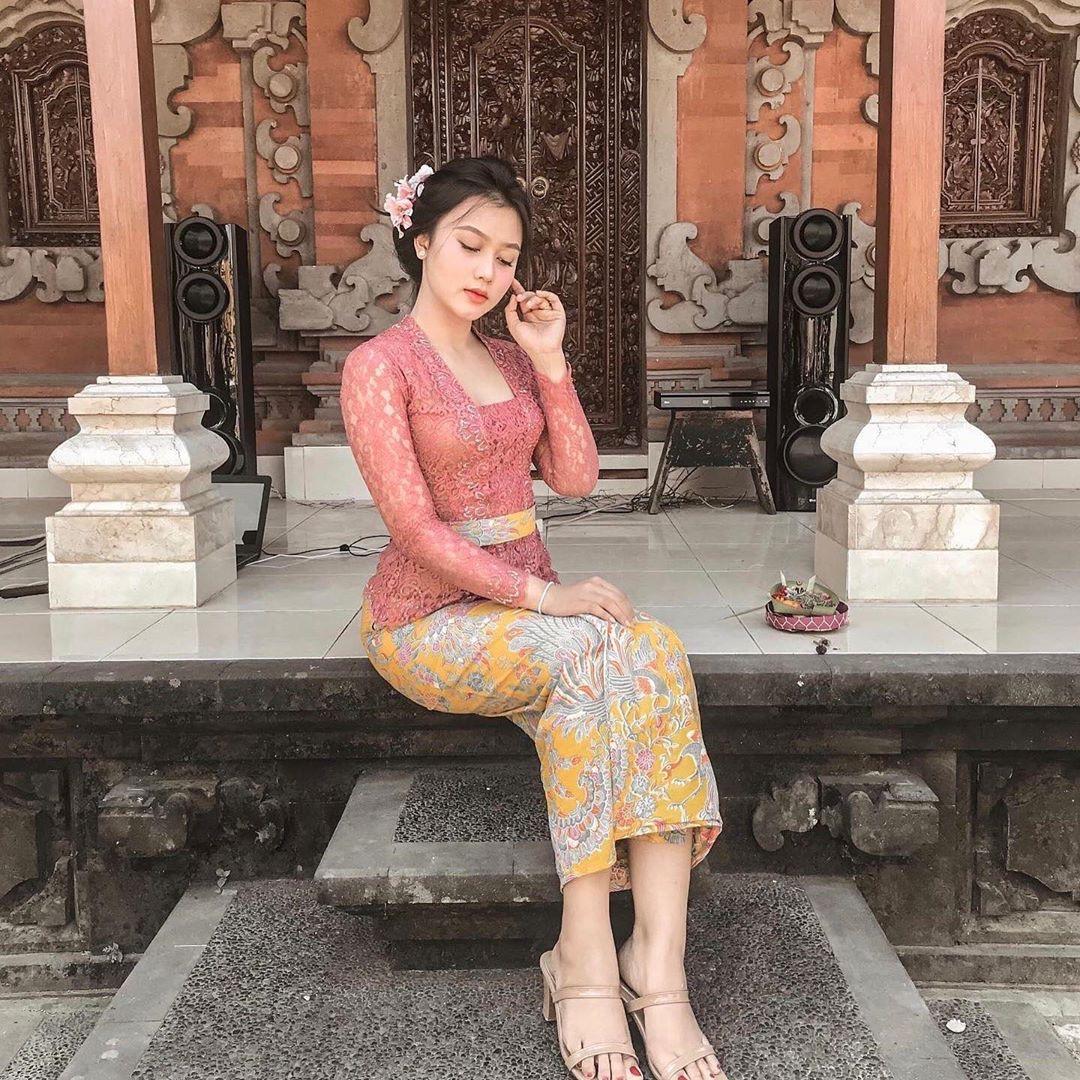 Baju Kebaya Bali Modern
