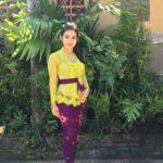 Contoh Kebaya Bali Terbaru