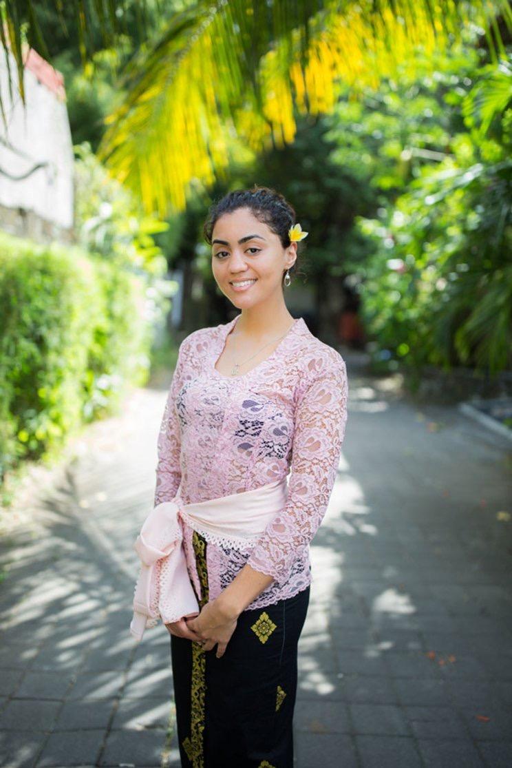 Contoh Model Kebaya Bali