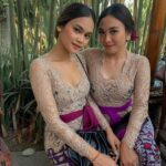 Kebaya Brokat Bali