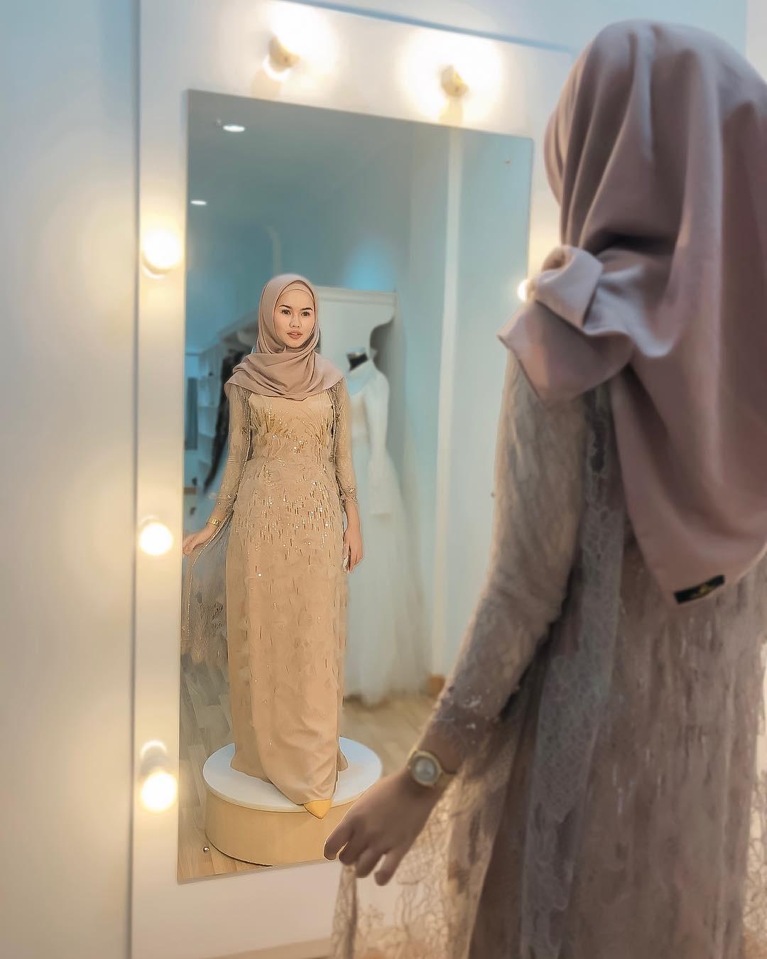 Kebaya Muslim brokat modern