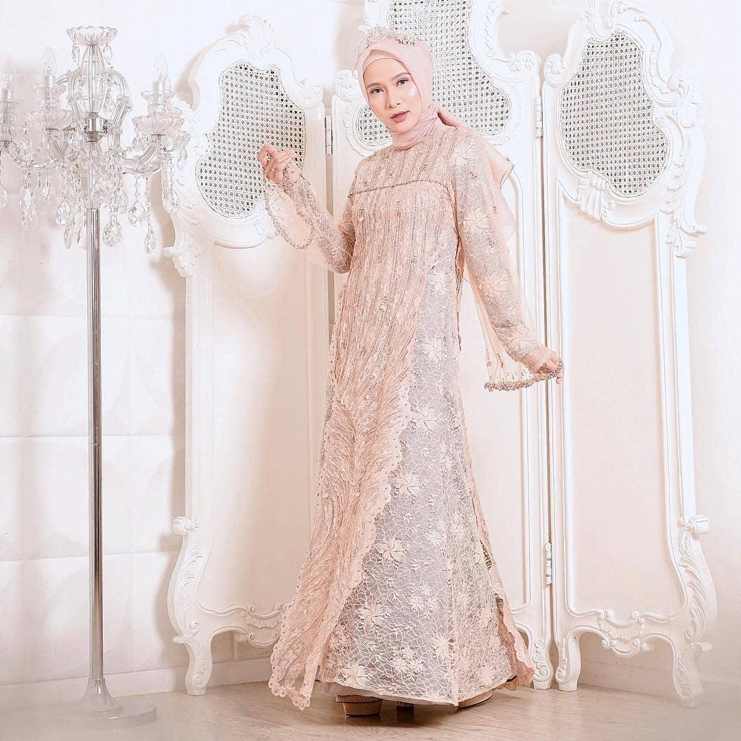 Kebaya muslim brokat elegan