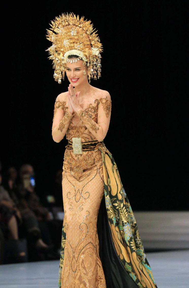 Model Baju Kebaya Brokat Pengantin Padang