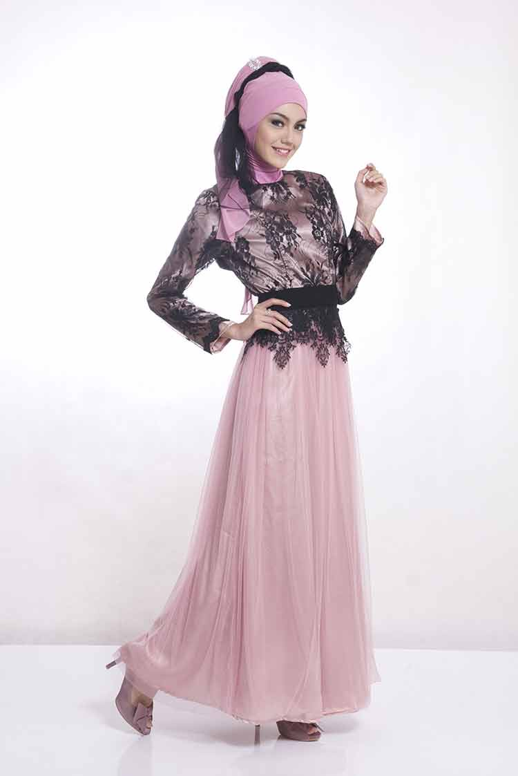 Model Kebaya Bahan Brokat