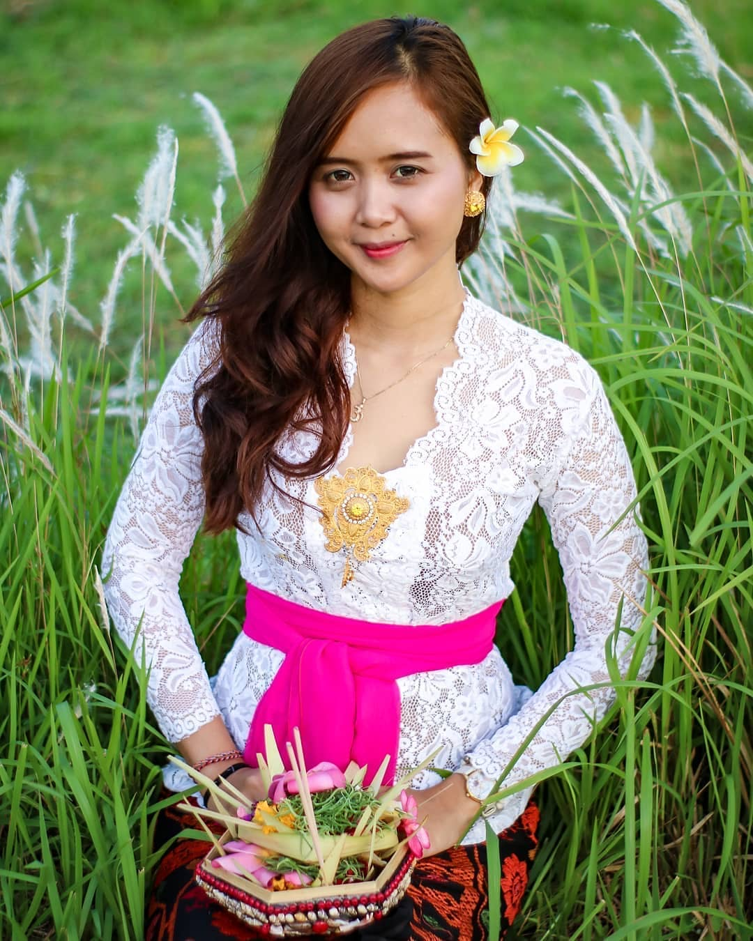 Model Kebaya Bordir Bali