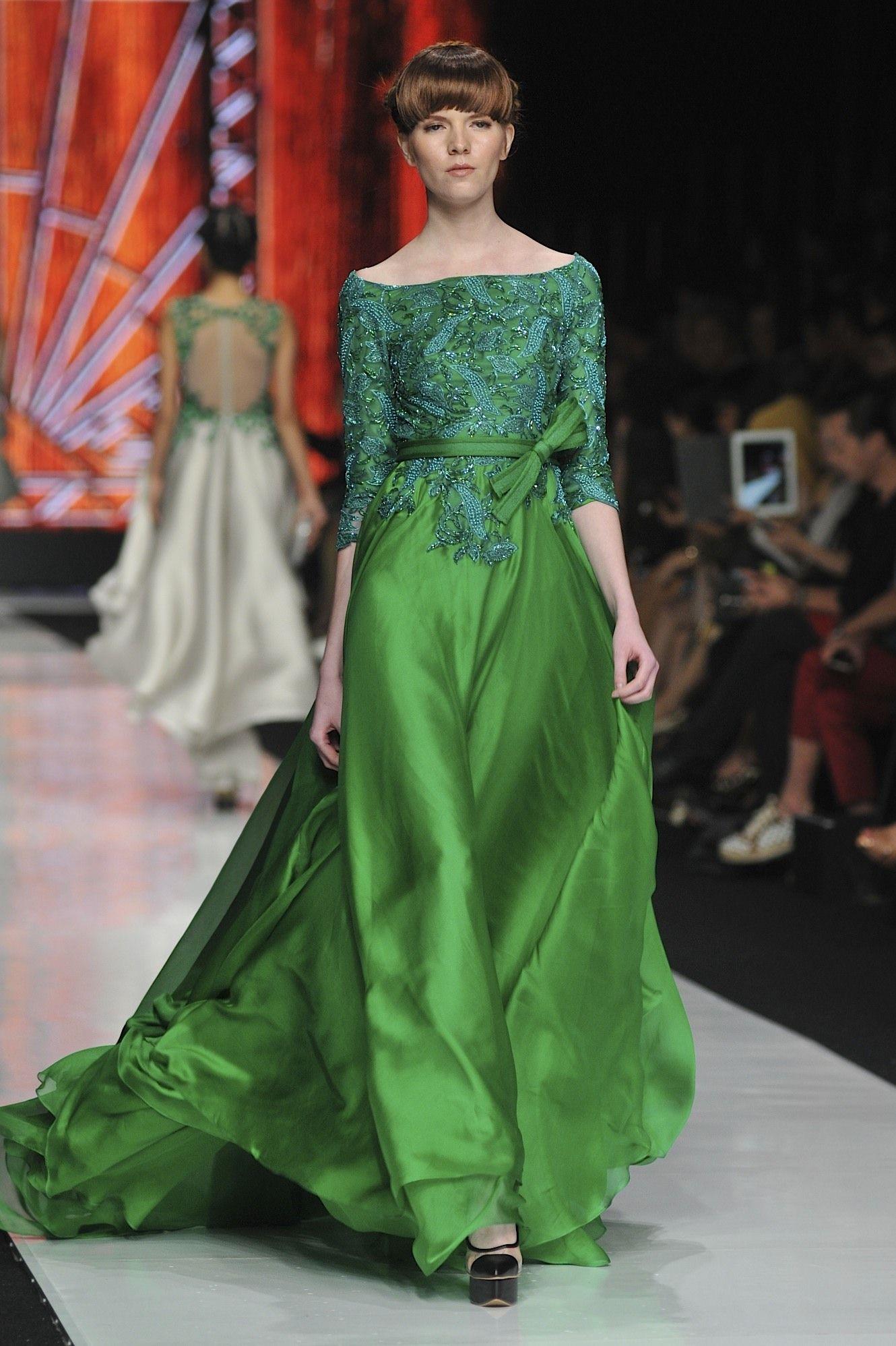 Model Kebaya Gamis Brokat