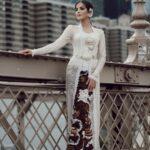 Model Kebaya Kartini