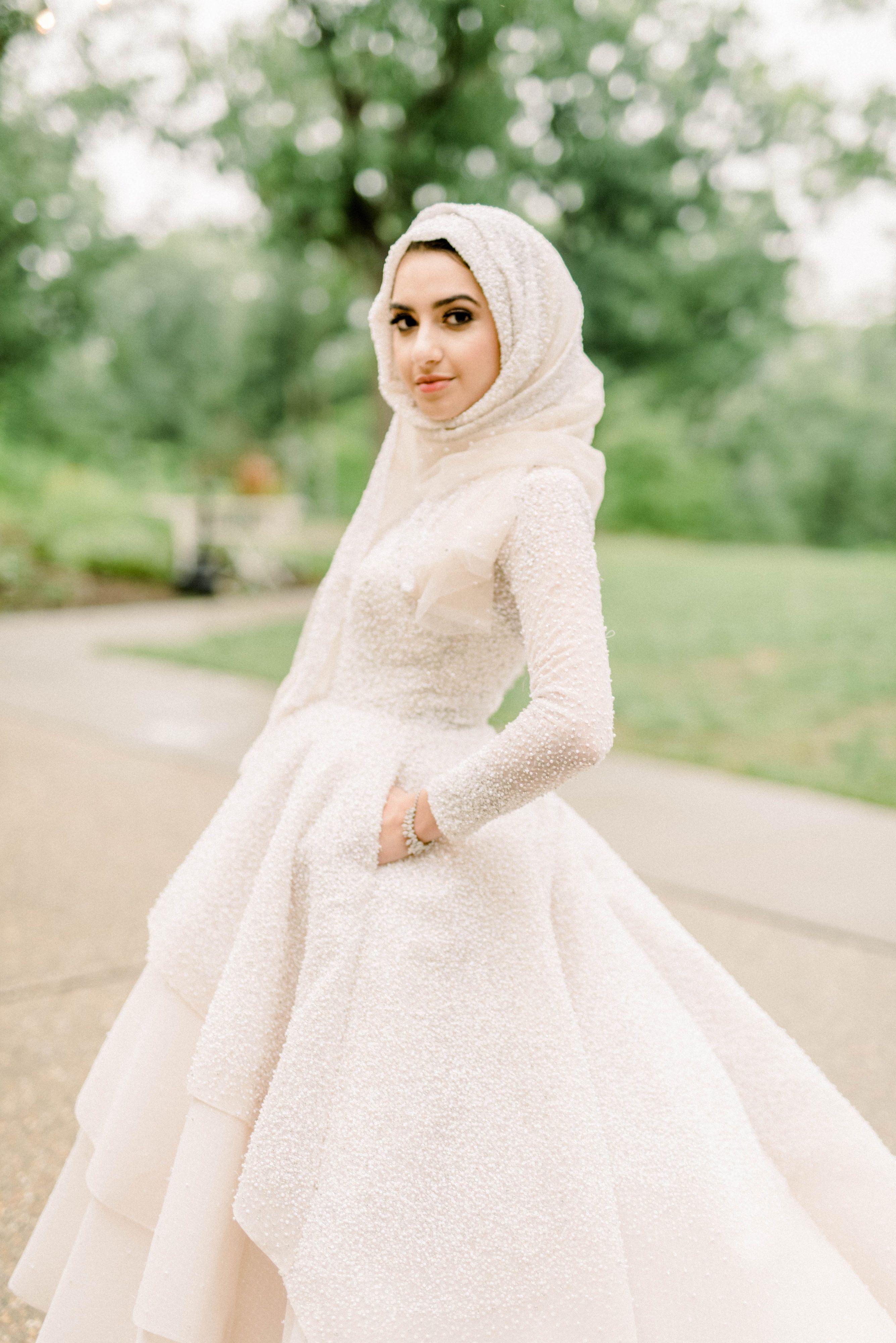 Model kebaya muslim wisuda simple terbaru