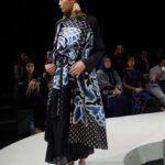 Baju batik kombinasi gaun sedap malam