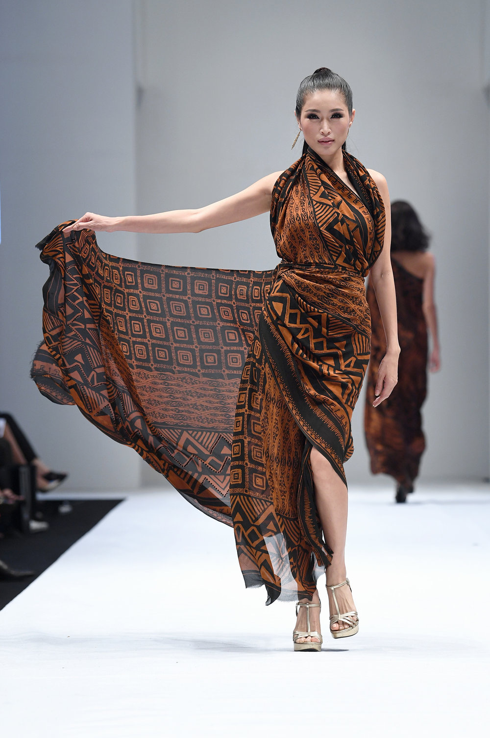 Baju batik kombinasi lilitan