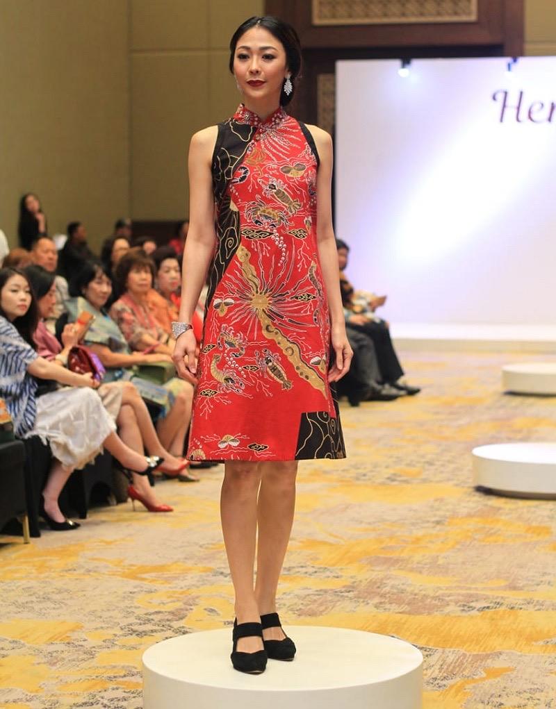 Baju batik kombinasi