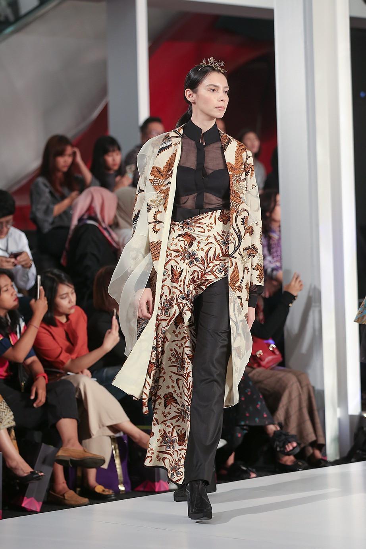 Baju batik model tradisional casual