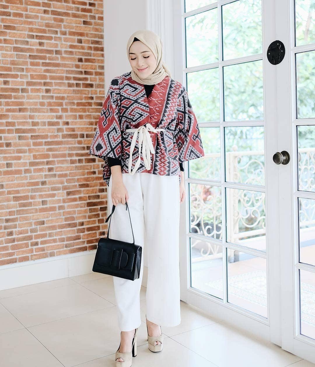 Baju batik muslim model kimono