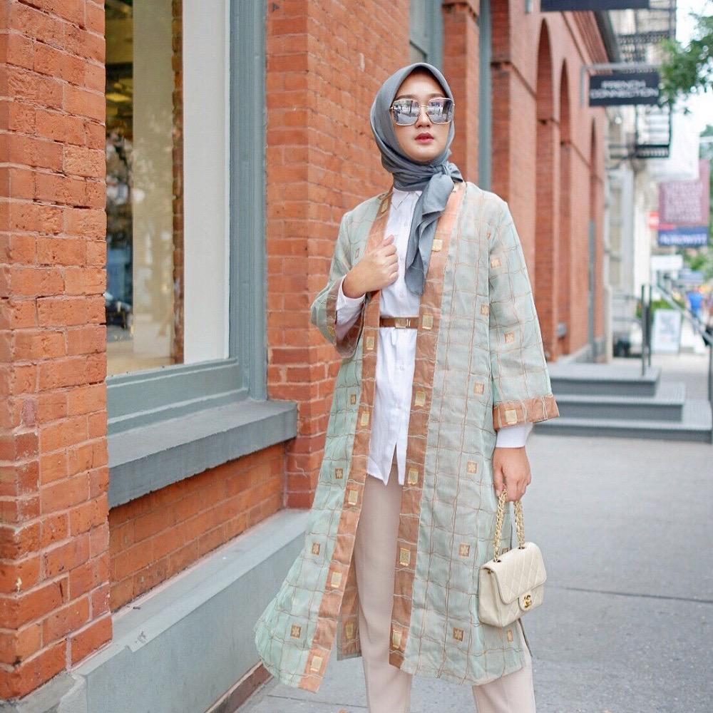 Cardigan motif batik kotak