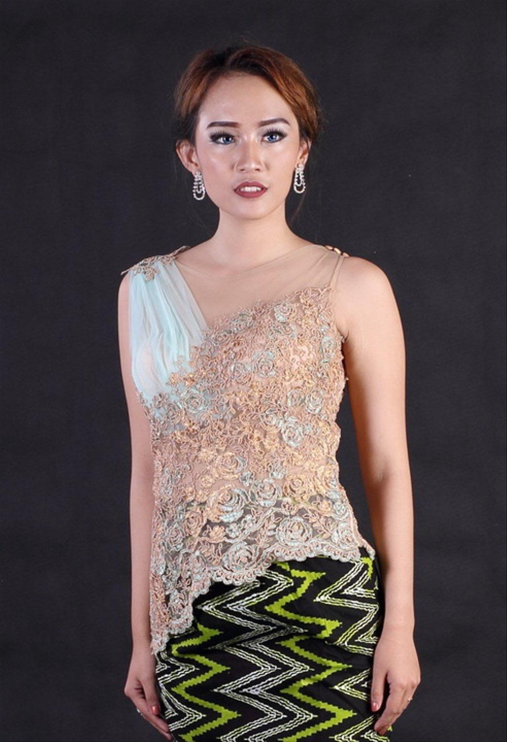 Contoh Baju Kebaya Batik
