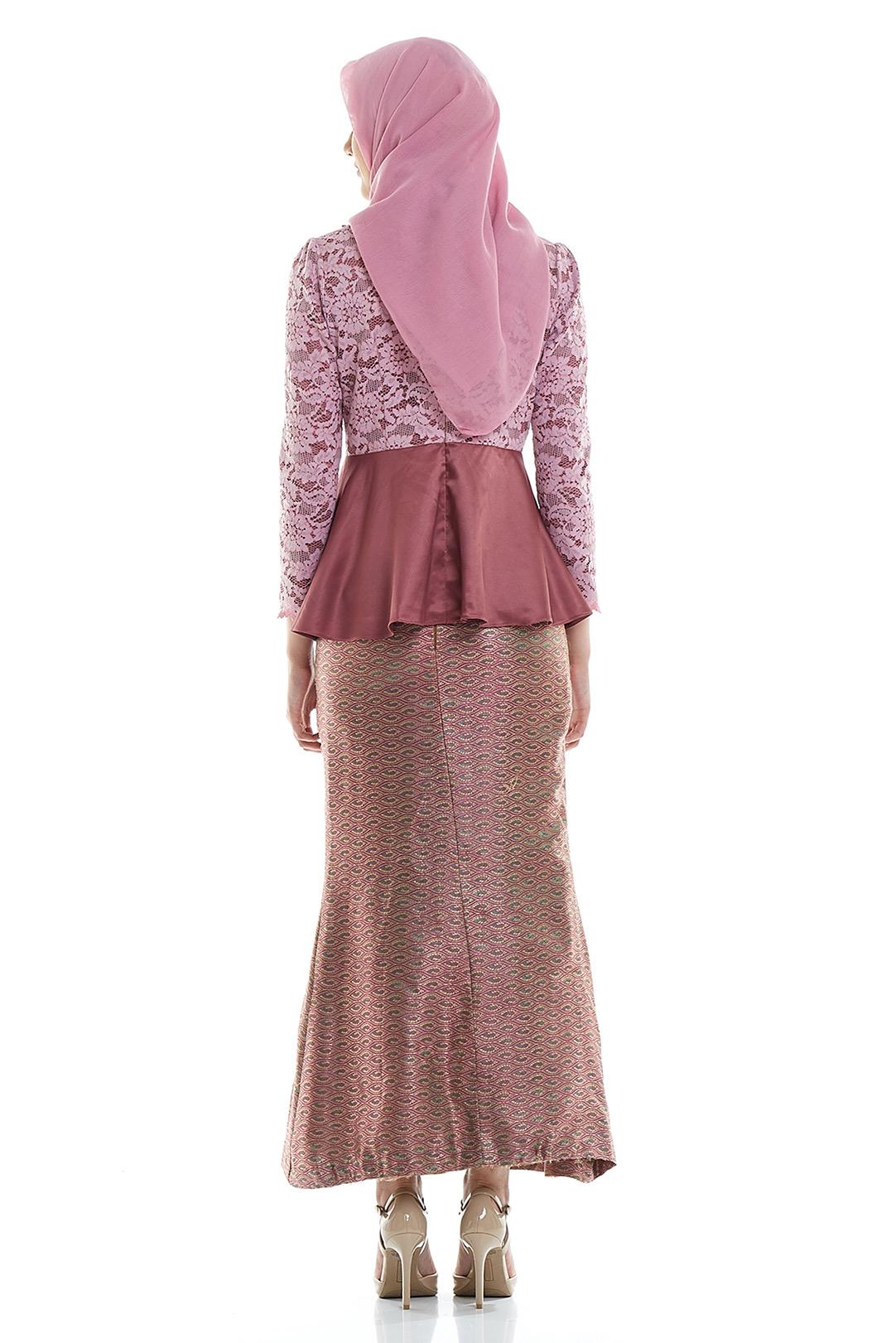Contoh Baju Kebaya Wisuda Hijab