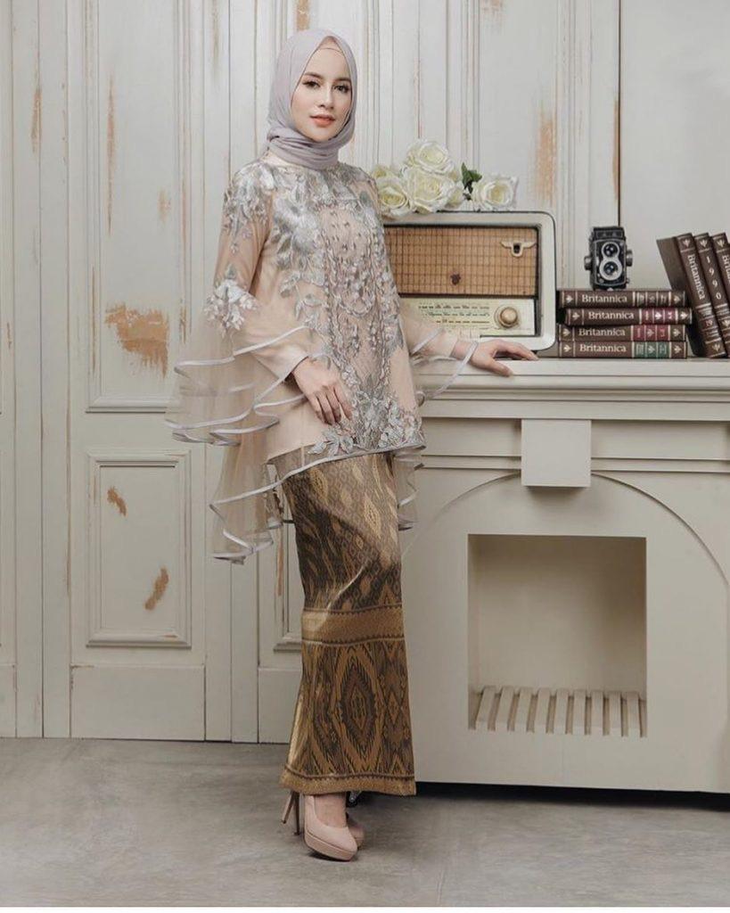 Dress Kebaya Batik Muslim