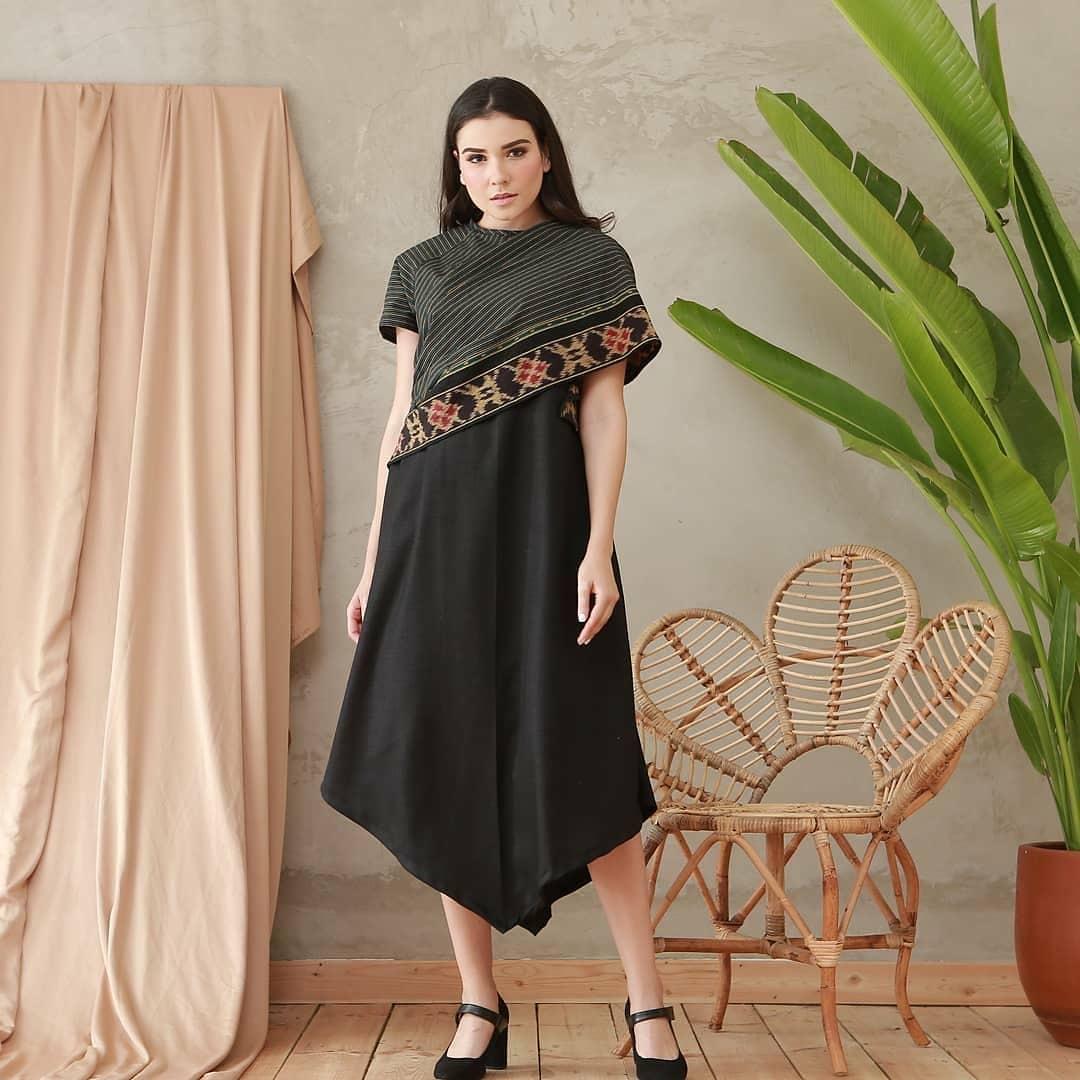 Dress batik kombinasi polos
