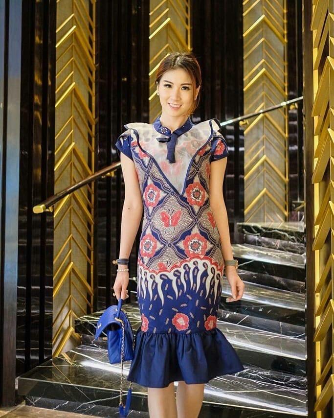 Dress batik plum modern