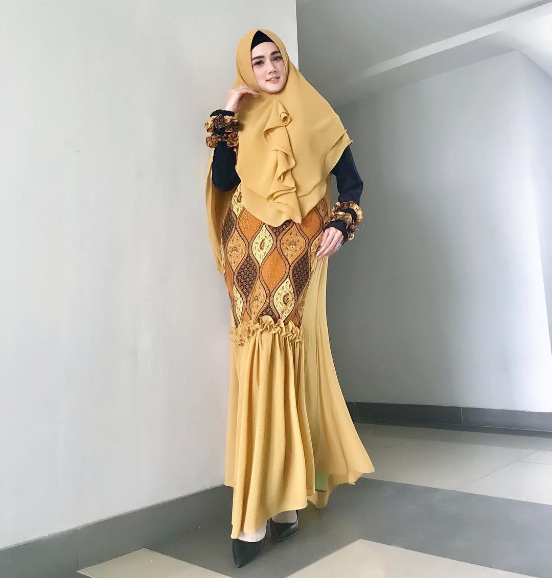 Dress motif batik kombinasi model plum
