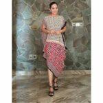 Dress motif tabrak diagonal lurik warna warni