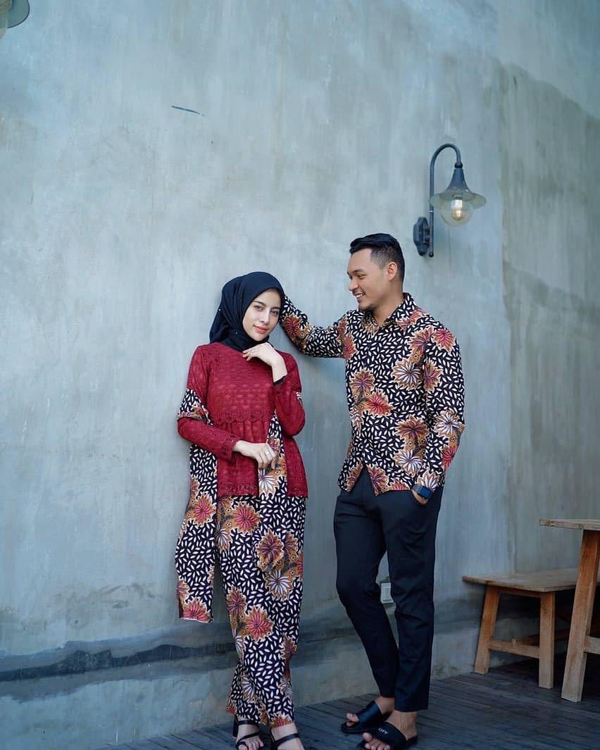 Gamis batik sarimbitan motif bunga