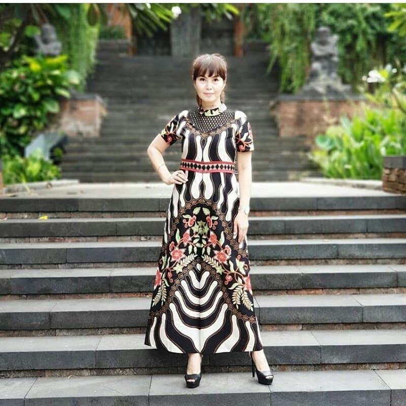 Jumpsuit zebra motif bunga