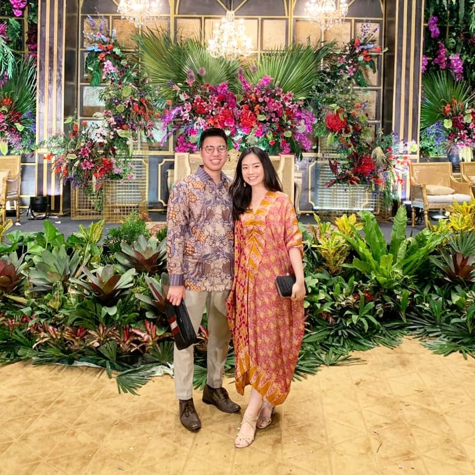 Kaftan batik motif wajik-kawung