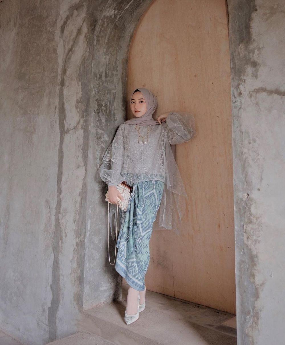 Kebaya Batik Modern Hijab