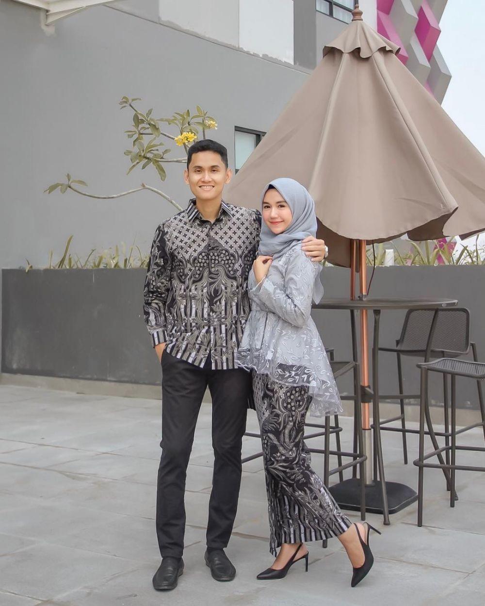 Kebaya Batik Modern Muslim