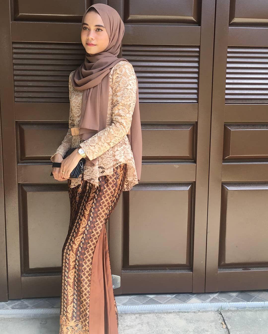 Kebaya Batik Muslim Remaja