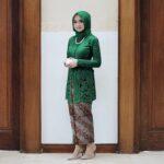 Kebaya Batik Muslim Untuk Pesta