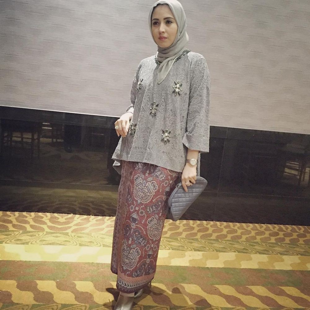 Kebaya Muslim Batik