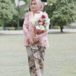 Kebaya Wisuda Hijab