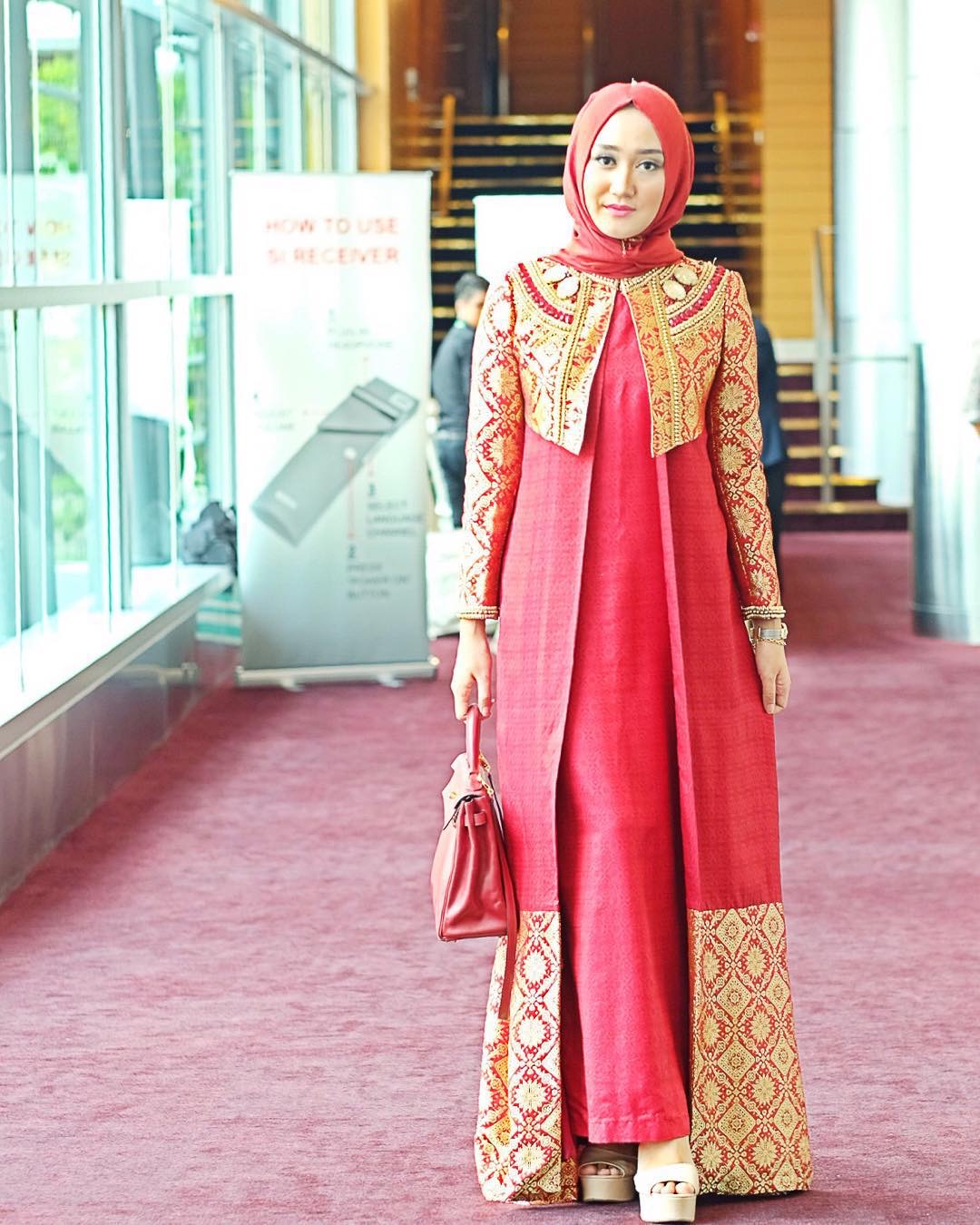 Long cardigan motif batik emas