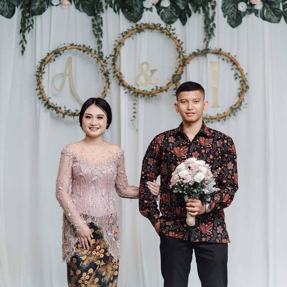 Model Baju Batik Kebaya