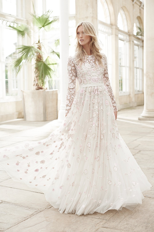 Model Baju Gaun Kebaya