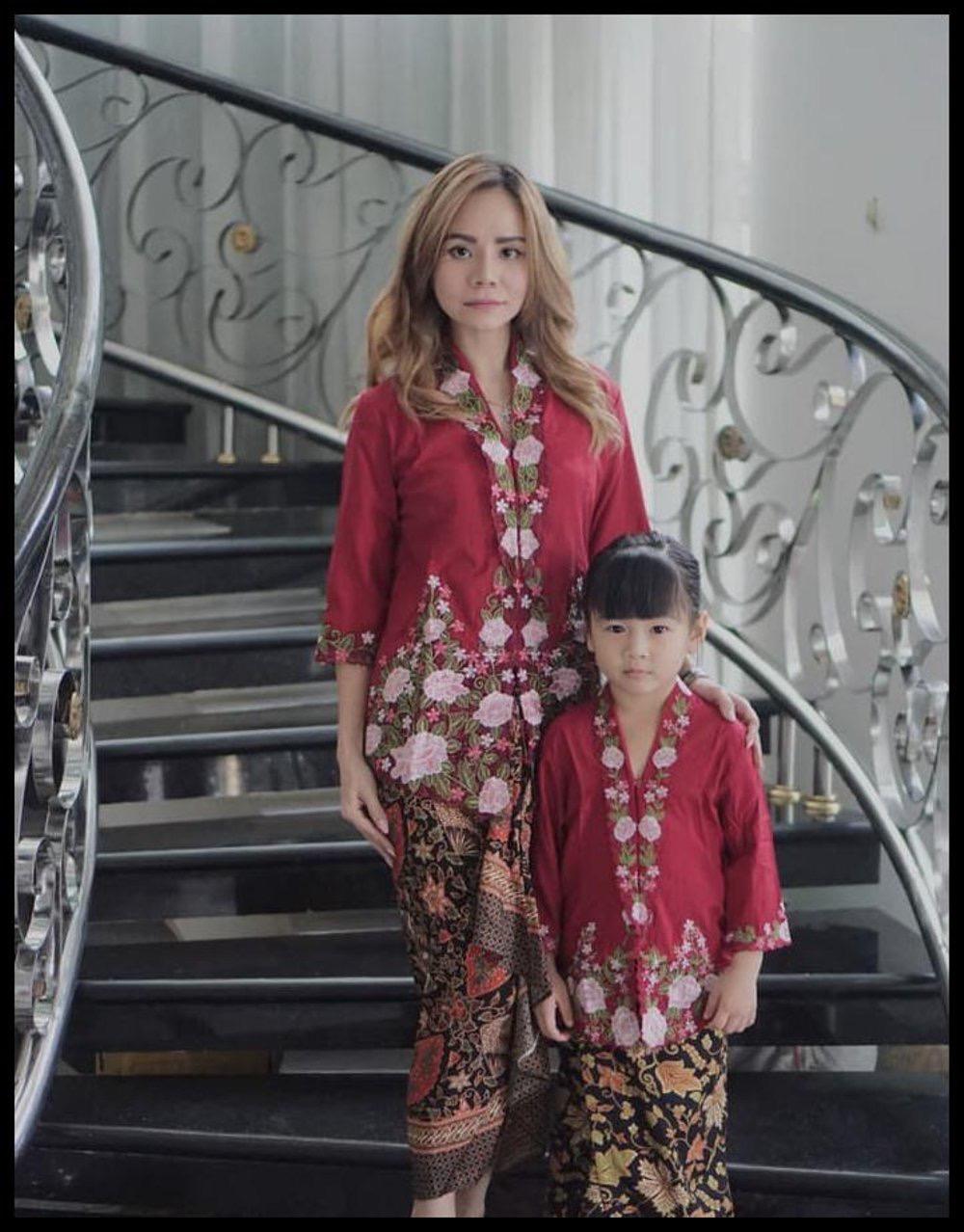 Model Baju Kebaya Anak Anak
