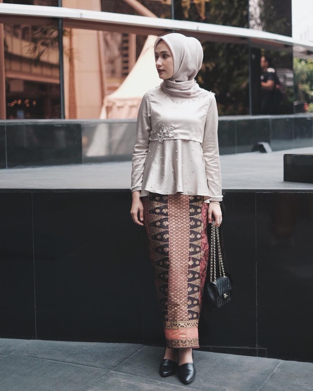 Model Baju Kebaya Batik Muslim
