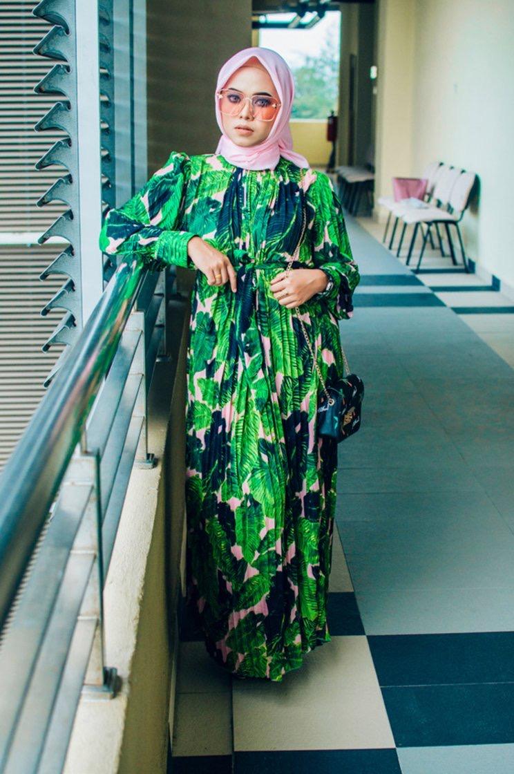 Model Baju Kebaya Modern Untuk Orang Gemuk