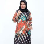 Model Baju Tunik Batik