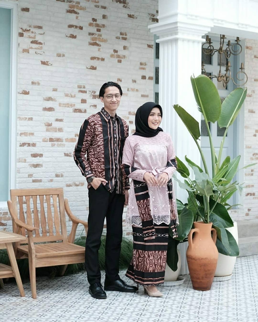 Model Batik Couple Kombinasi Satin