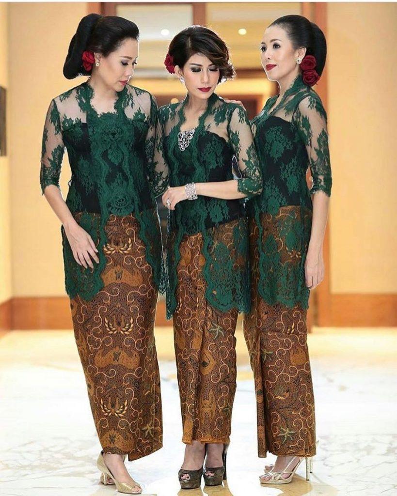 Model Kebaya Batik Terbaru