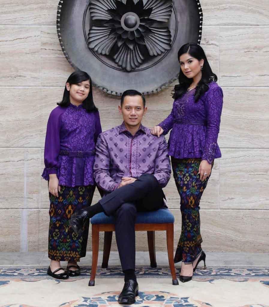 Model Kebaya Batik untuk Setelan Keluarga