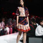 Model baju batik ceria