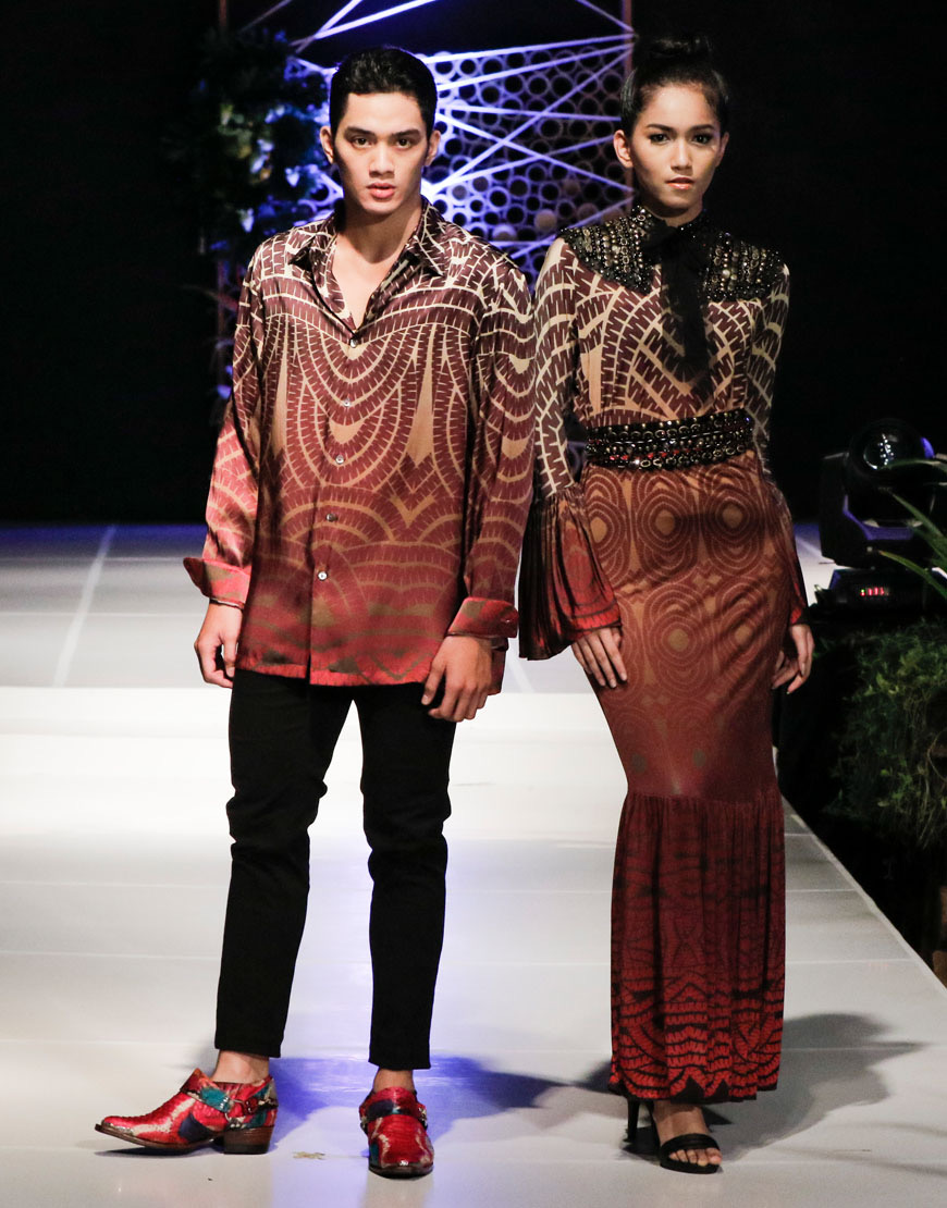 Model baju batik couple kombinasi