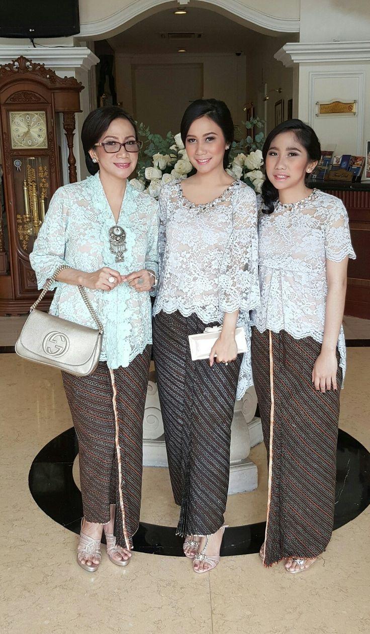 Model baju batik full brokat