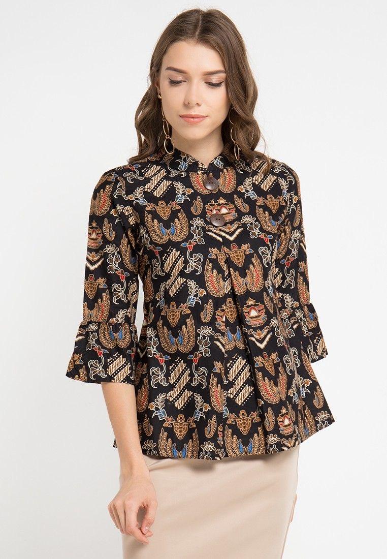 Model baju batik kerja wanita anggun
