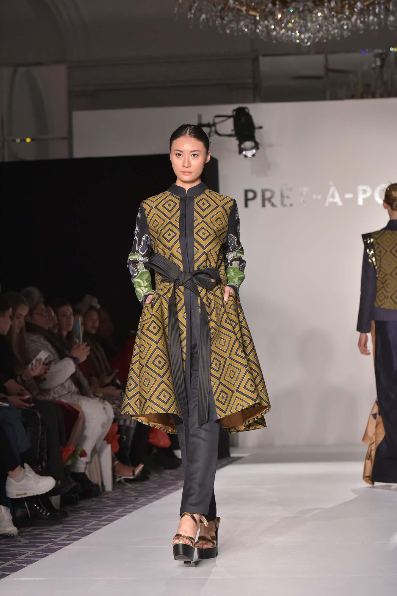 Model baju batik kombinasi celana