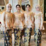 Model baju batik kombinasi layer